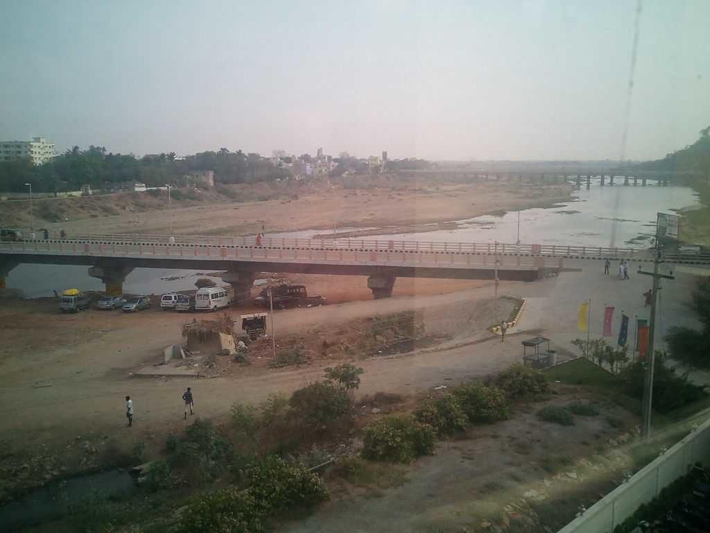 Srikalahasti is located in Chittoor