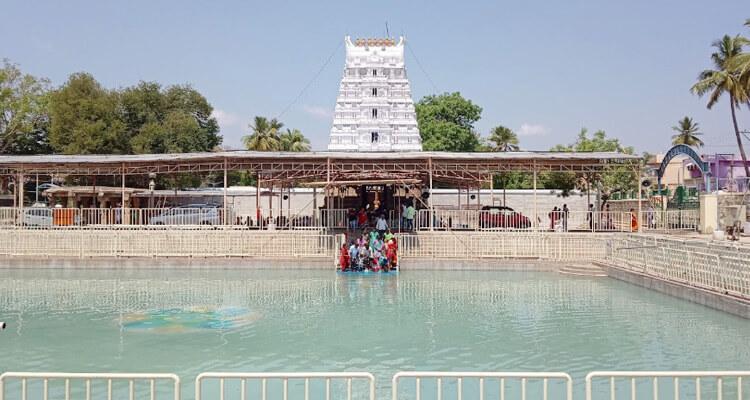 srinivasa-mangapuram-sri-kalyana-venkateshwara-swamy-temple