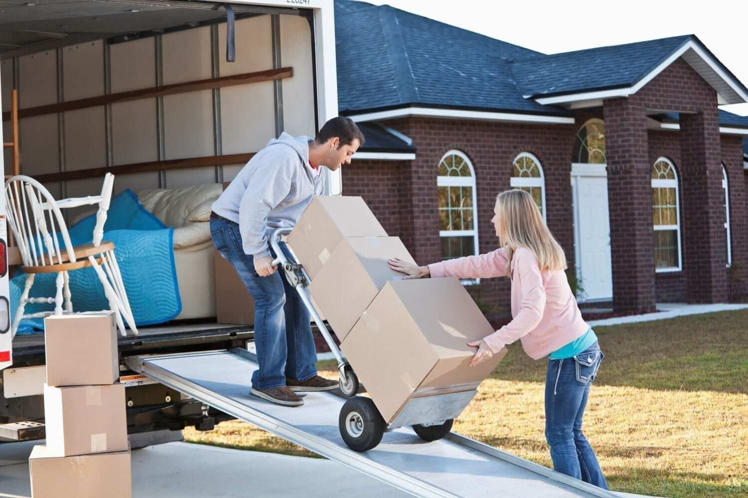 The Best Ways to Handle a Small Move With Truck Rental